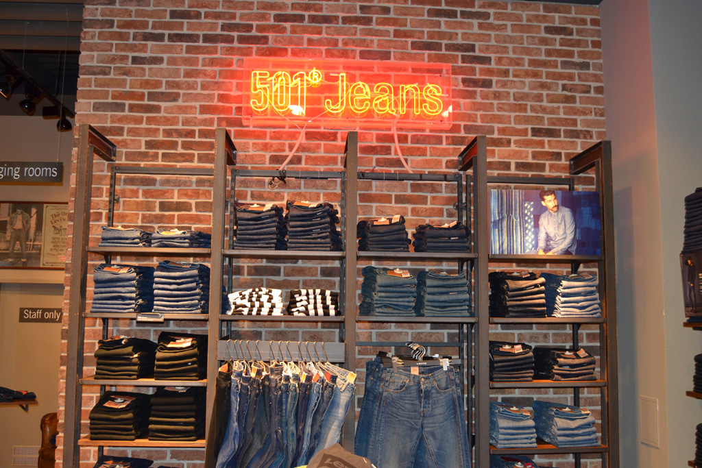 LEVI'S® STORE Olympia